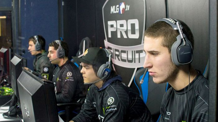 An older EnVy lineup mid-game. Image Courtesy of FOX Sports.
