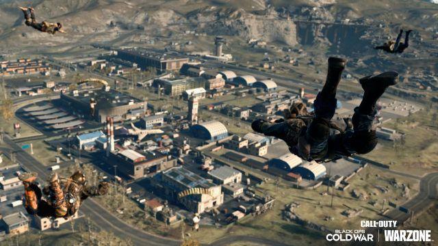 Warzone Operator Dropping Into Verdansk