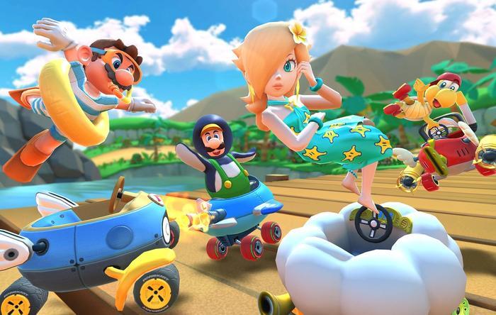 Mario Kart Tour in action.