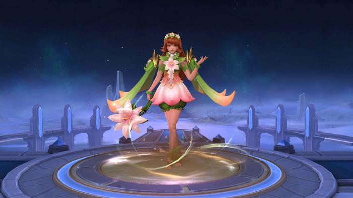 An in-game screenshot showing the Floral Crown skin in Mobile Legends Bang Bang.