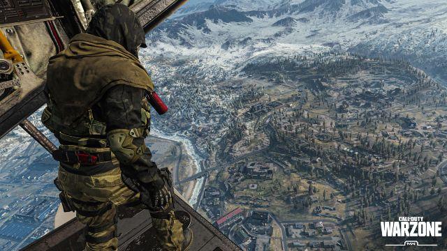 Warzone Operator Overlooking Verdansk Map