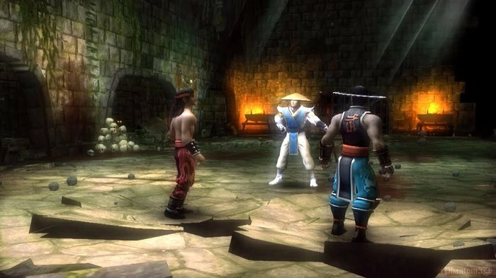 Screen shot of Mortal Kombat: Shaolin Monks. The two main characters stand next to Raiden.
