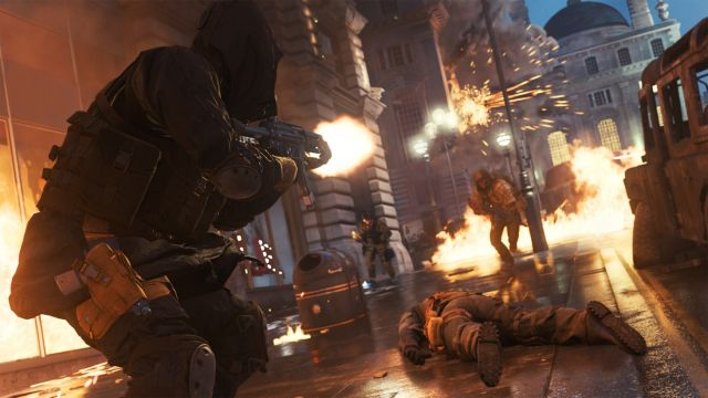 Soldiers Fighting In Streets of Picadilly in Modern Warfare 2019
