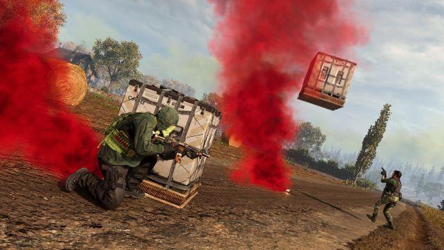 Warzone Operator Hiding Behind Loadout Drop