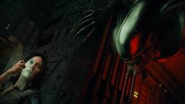 Screenshot from Alien: Blackout, with the xenomorph stalking Amanda Ripley