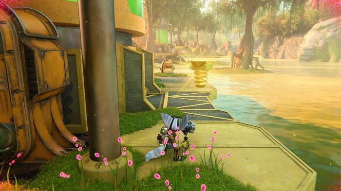 Ratchet and Clank Rift Apart Gold Bolt 5