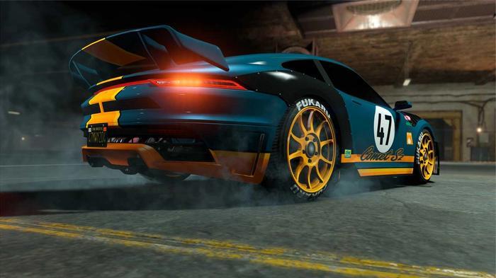 GTA Online Comet S2 Car In Dark Green