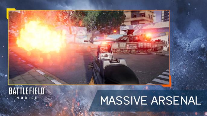 A tank and infantry member fight in Battlefield Mobile, with the caption 'MASSIVE ARSENAL'.