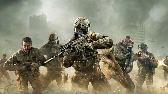 A squad of soldiers in COD Mobile
