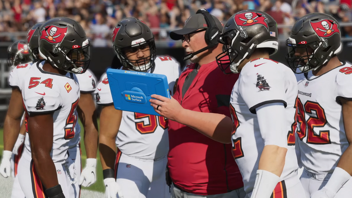 Madden 22 Franchise Mode new features staff management weekly strategy live service updates