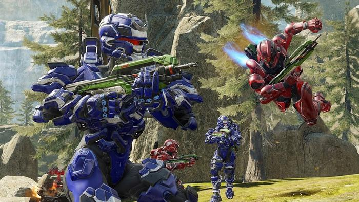 Players wearing various iterations of Halo armor in multiplayer.
