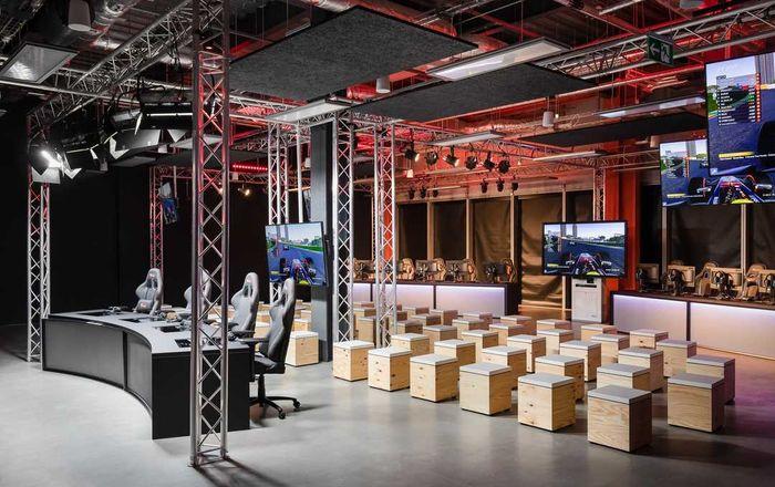 esports studio 1