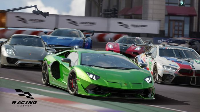 VEHICLES: The game features a number of manufacturers and cars!