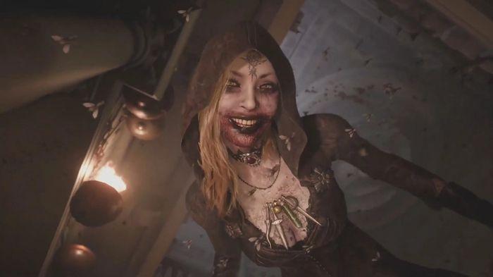Resident Evil 8 size Smiling Vampire