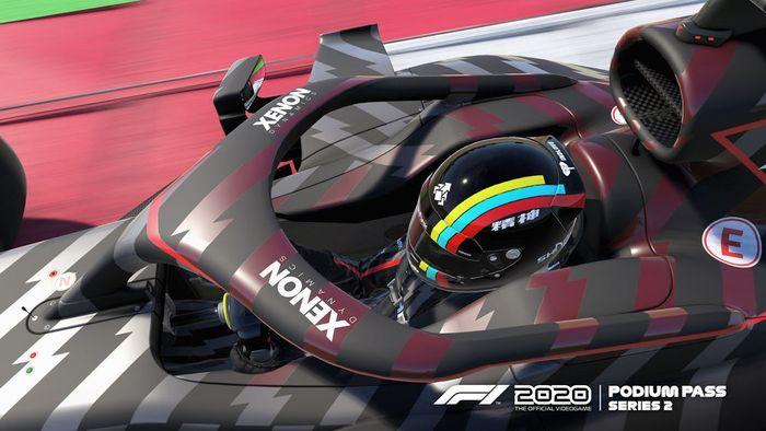 F12020 Podium Pass Series2 helmet