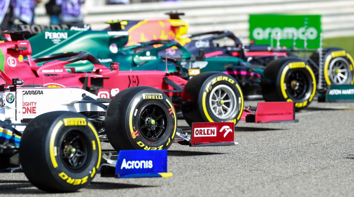 2021 F1 cars tyres