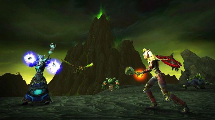 WoW Classic The Burning Crusade Draenei Shaman Fighting Blood Elf Paladin