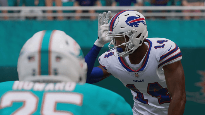 Stephon Diggs lines up against Xavien Howard of the Dolphins