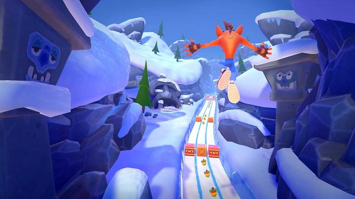 Crash Bandicoot On the Run Bear lt